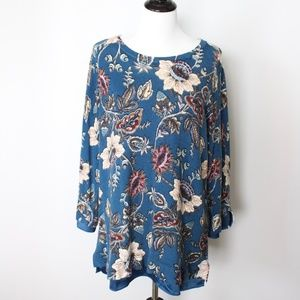 Chico's Blue Floral Sweater Size 3 XL Lightweight